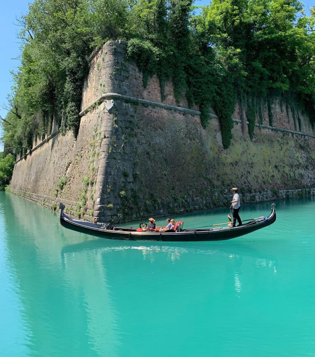 Gondola Tour Tourism Peschiera